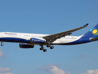 RwandAir_Airbus_A330-243_on